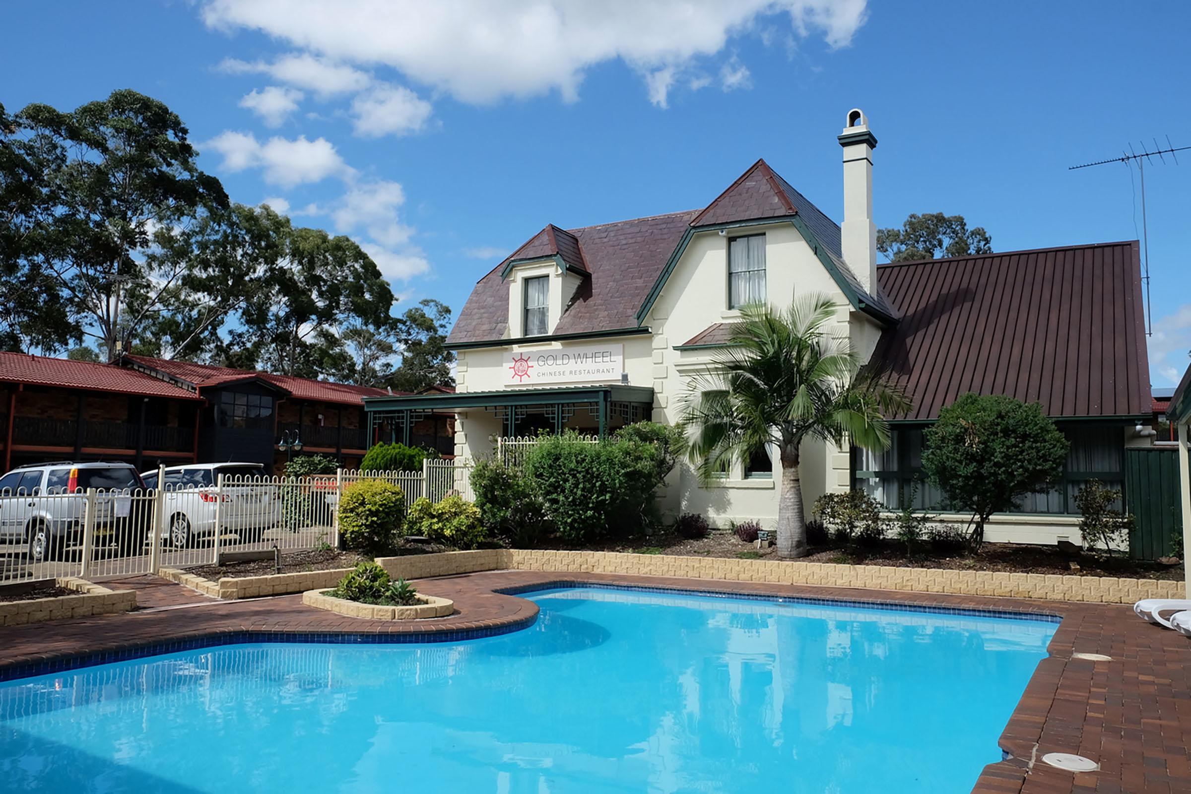 Maclin Lodge Outdoor Pool